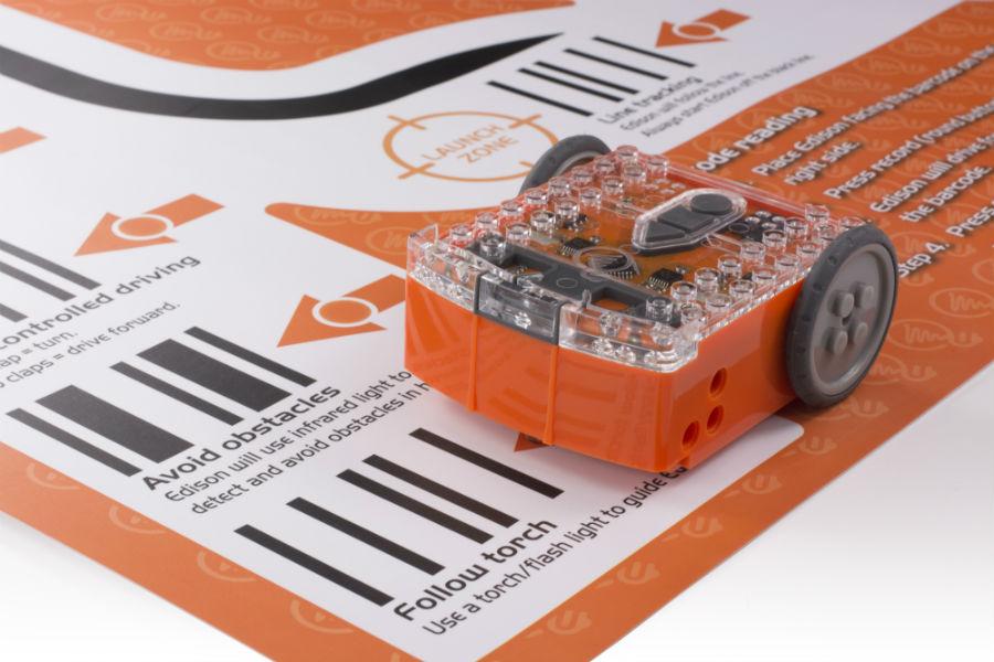 Edison scanning a barcode
