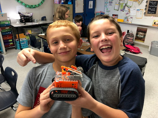 EdCreate offers opportunities for interactive engineering using Edison robots.